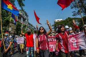 Time မဂ္ဂဇင်းက သတ်မှတ်သည့် ကမ္ဘာ့လွမ်းမိုးမှုအရှိဆုံး လူပုဂ္ဂိုလ်စာရင်းတွင် မြန်မာနိုင်ငံမှ တိုင်းရင်းသူအမျိုးသမီးနှစ်ဦးထည့်သွင်းဖော်ပြခံရ